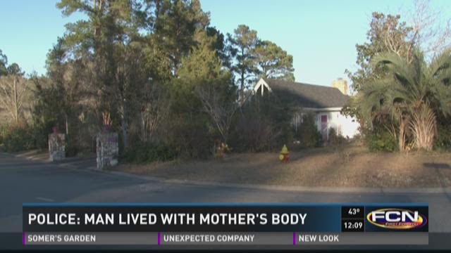 Police: Man lived with mother's body