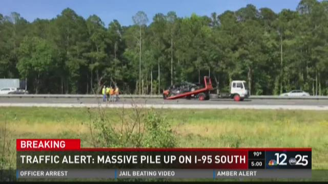 Traffic alert: massive pike up on I-95 south
