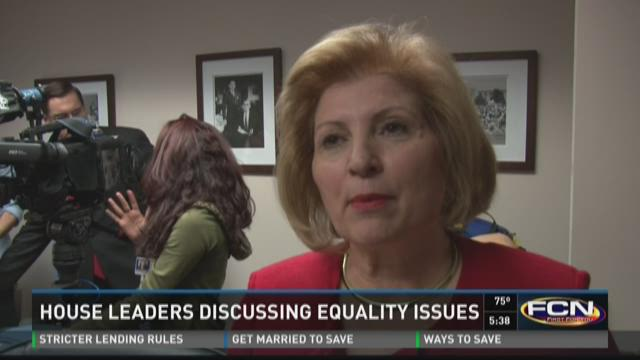 State lawmakers pushing for equal pay