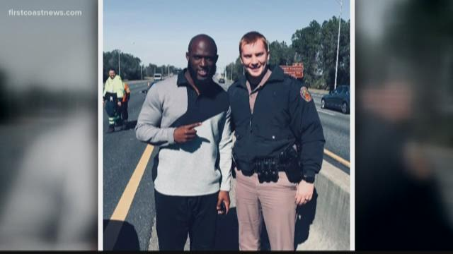 Leonard Fournette's vehicle  was totaled by Steelers fans