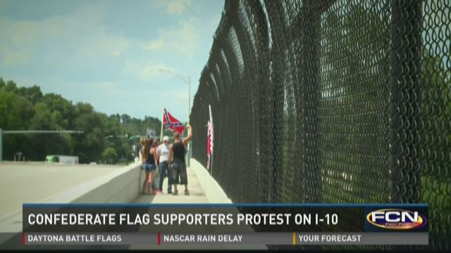 American flags commingled with Confederate, Gadsden